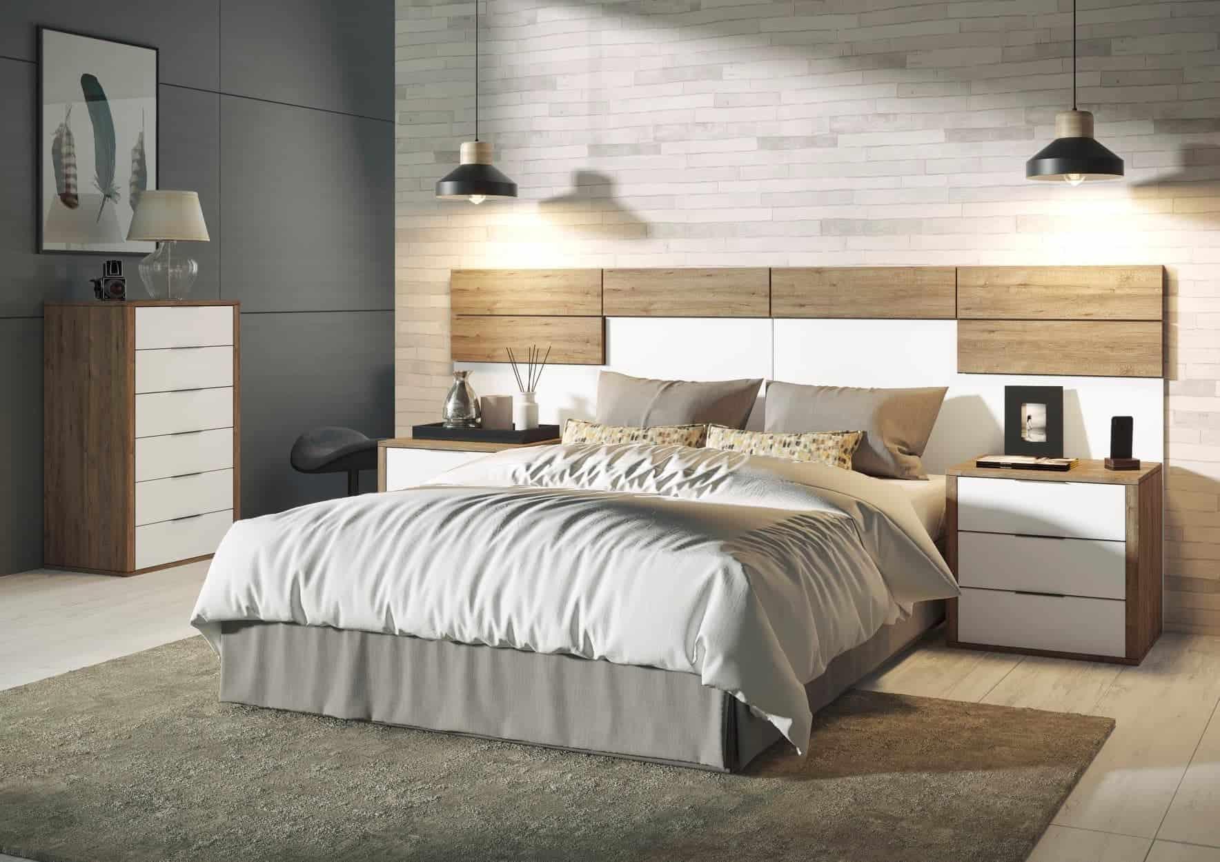Dormitorio con mesitas y sinfonier